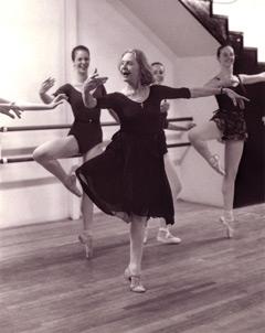 Yvonne teaching passé