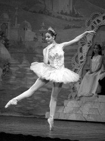 Angela Falivena as Sugarplum Fairy