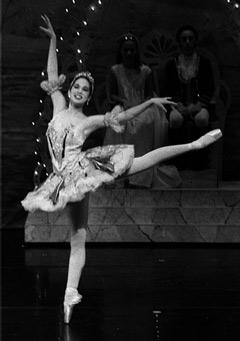 Sarah Hinman as Sugarplum Fairy